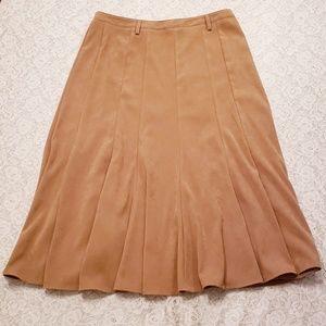 Dressbarn Long Pleated Skirt. Size 10